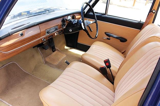 audi-super-90-interior.jpg