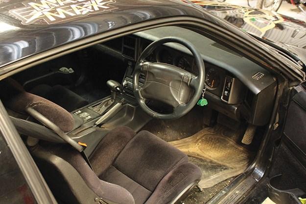 pontiac-trans-am-interior.jpg