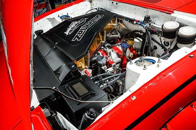 mazda-rx7-engine-bay.jpg
