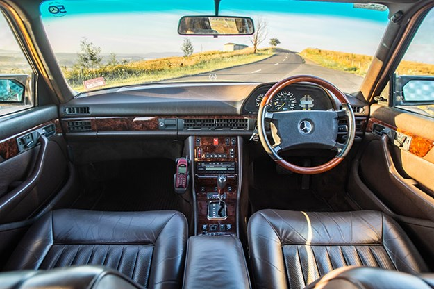 mercedes-benz-560-sel-interior-2.jpg