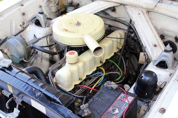ford-futura-engine-bay.jpg