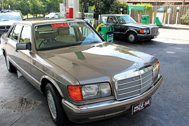 mercedes-benz-300sel.jpg