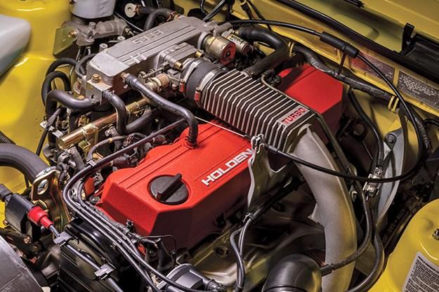 holden-vl-turbo-engine-bay-5.jpg