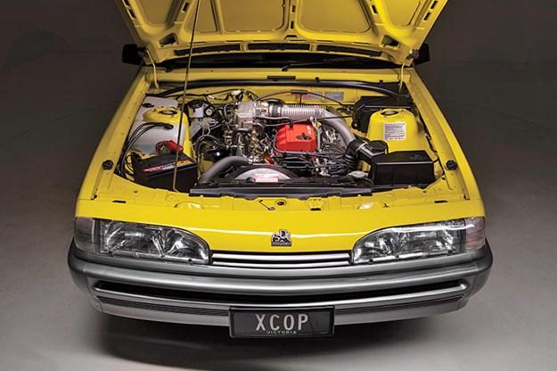 holden-vl-turbo-engine-bay-6.jpg