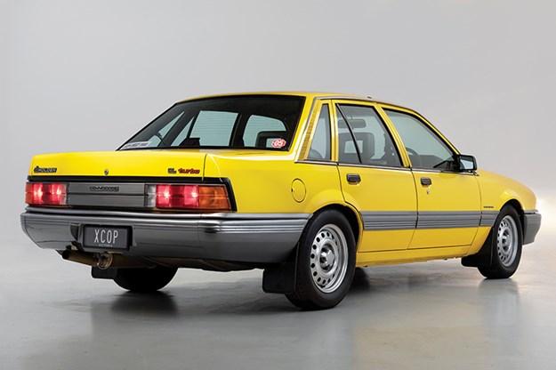 holden-vl-turbo-rear.jpg
