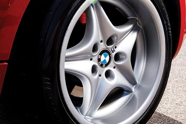bmw-m-coupe-wheel.jpg