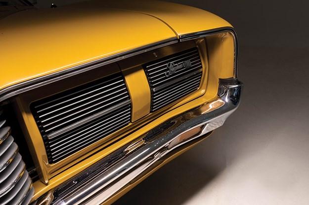 ford-landau-headlights.jpg