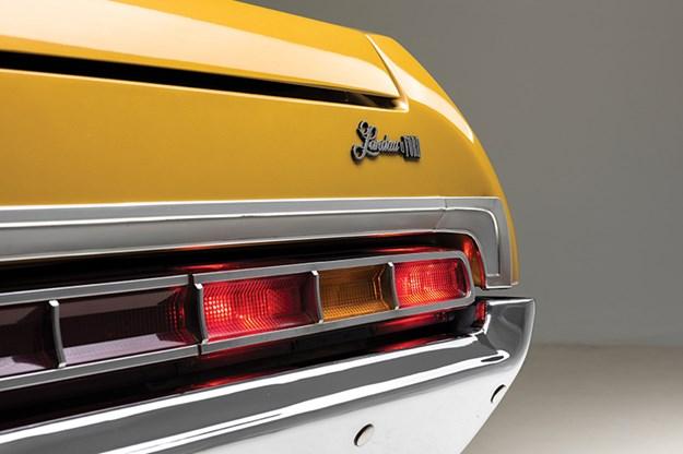 ford-landau-taillight.jpg