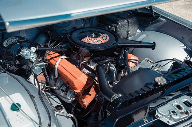 holden-ht-monaro-engine-bay-3.jpg