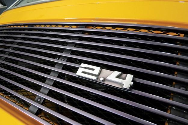 porsche-911-badge.jpg