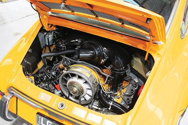 porsche-911-engine-2.jpg
