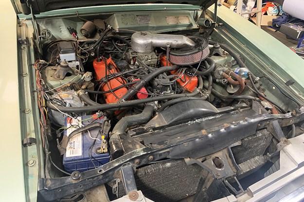 ford-xd-fairmont-engine-bay-3.jpg