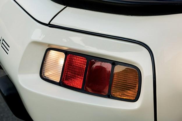 porsche-928-tail-light.jpg