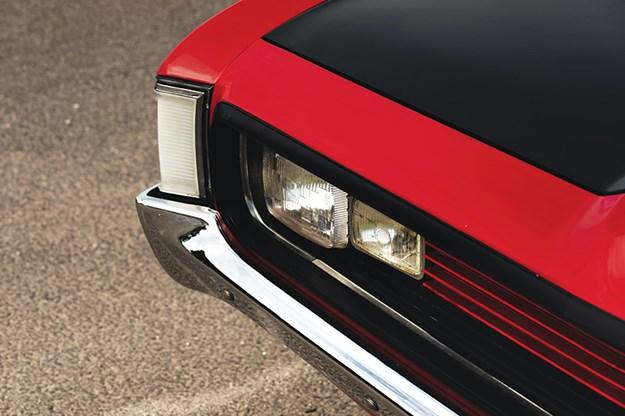 valiant-charger-headlight.jpg