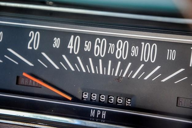 holden-hk-monaro-gauge.jpg
