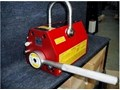 EARTH-CHAIN MAGNETIC PLATE LIFTER