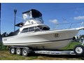 1999 CARIBBEAN 26 FLYBRIDGE CRUISER