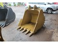 GROW ENGINEERING 1300MM GP BUCKET