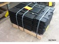 CATERPILLAR 320 600MM TRACK PLATES