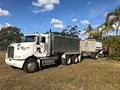 2008 KENWORTH T388 Tipper truck and Dog