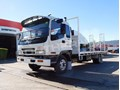 2004 ISUZU FRR500 Single CAB Beavertail Truck. Come with road worthy [MACHTRUCK]