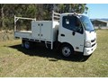 2012 HINO 300 SERIES - 617 MANUAL WITH STEEL TRAY