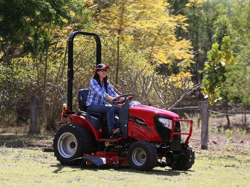 Mahindra Unveils Emax Series Sub Compact Tractor Range