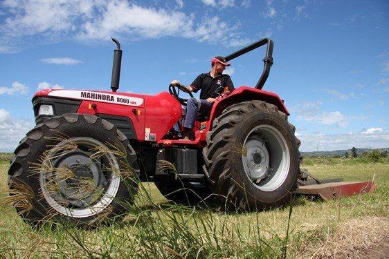 New MAHINDRA 8000 4WD Tractors for sale