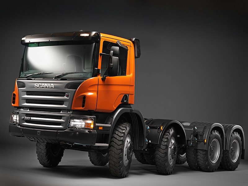 Scania P380 8x4 truck   Review
