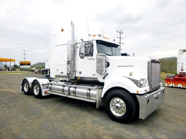 2011 WESTERN STAR 4964 FX for sale on
