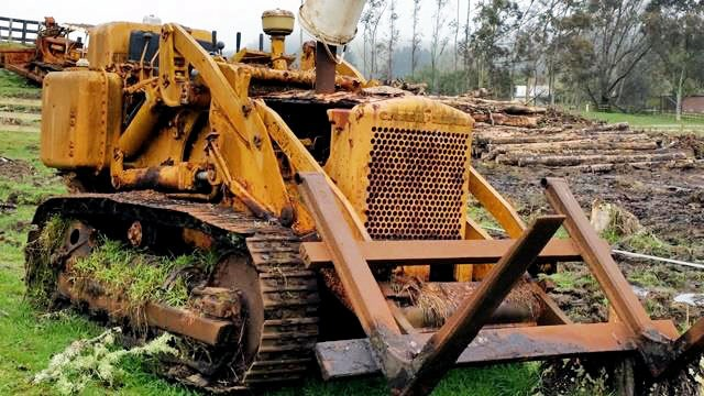 1965 CATERPILLAR 933G TRAXCAVATOR for sale