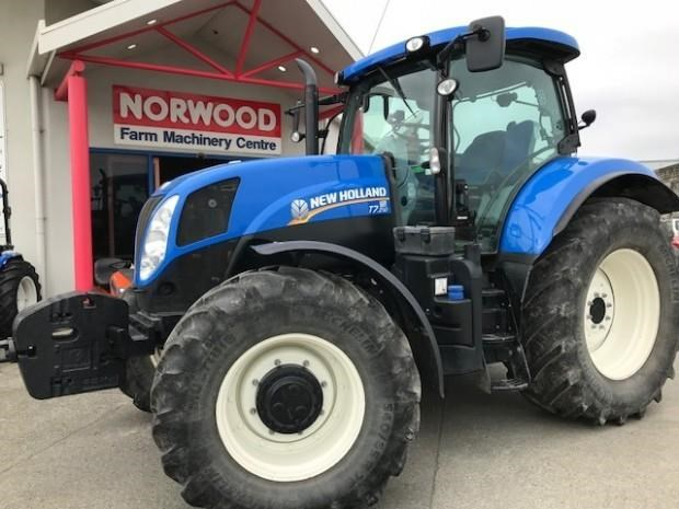 NEW HOLLAND T7 210 for sale