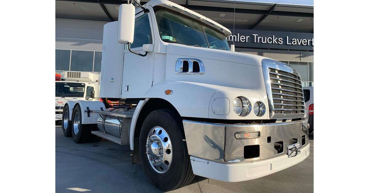 2018 FREIGHTLINER CENTURY CLASS CST112 for sale