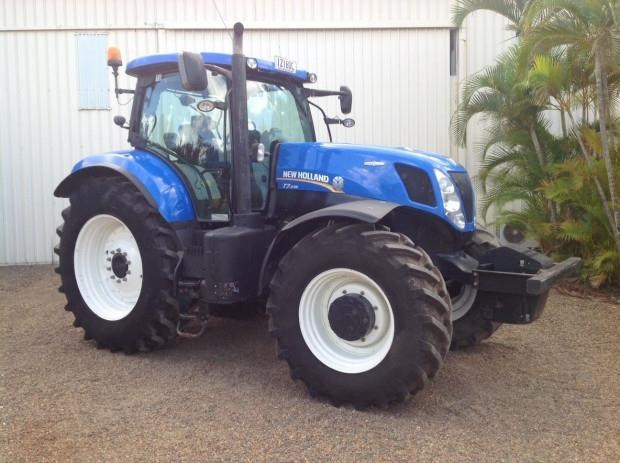 2013 NEW HOLLAND T7 235 for sale