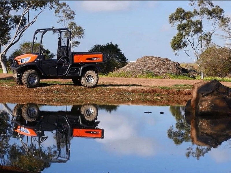 kubota utility vehicle review kubota rtv x1120d. Black Bedroom Furniture Sets. Home Design Ideas