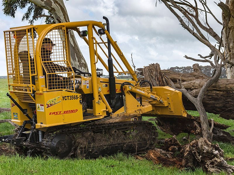 East Wind YCT356S-S compact dozer | Review, Test & Specs