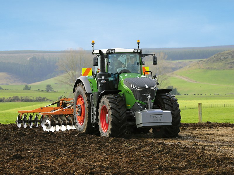 Fendt 1050 tractor review | Full Test & Specs