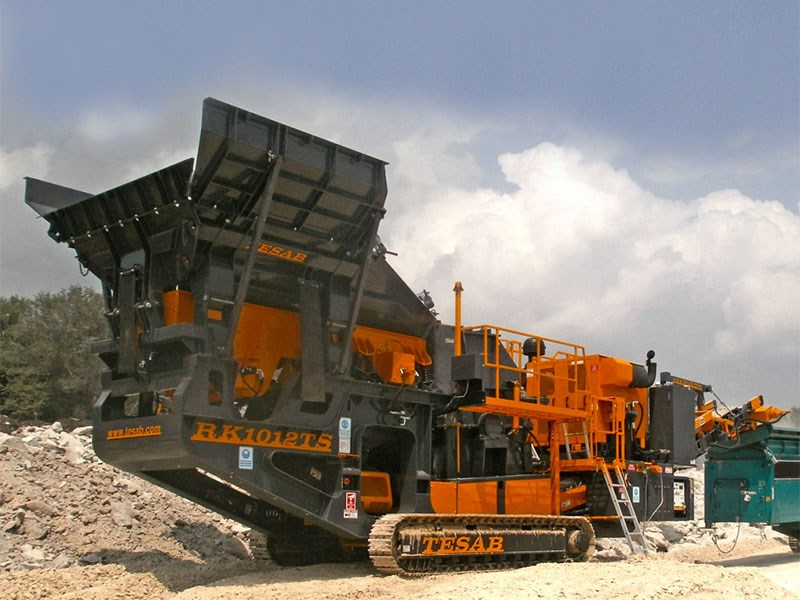 The mobile impact crusher for sale