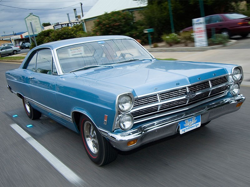 Ford 427 R-code Fairlane - Born To Race!