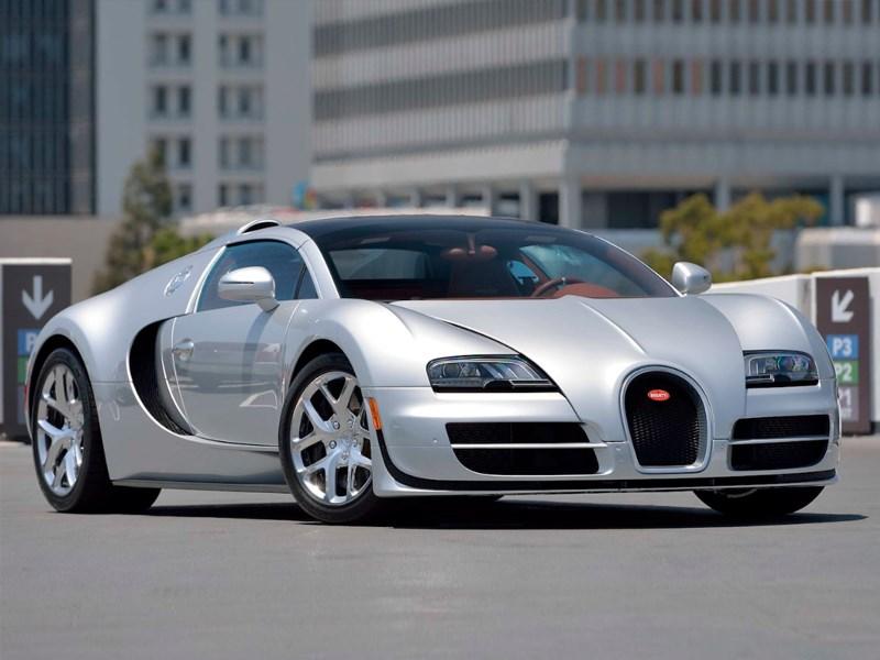 Bugattis For Sale >> Over 8 Million Dollars In Bugattis For Sale At Mecum S