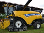 New Holland CR 10.90 Tracked Combine Harvester