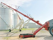 Farm King Swingaway Auger