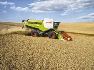 Claas Lexion 760 combine harvester