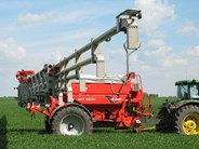 Kuhn AGT 6036 fertilizer spreader