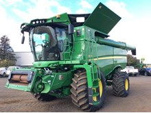 New and Used John Deere Combine Harvesters For Sale in Australia