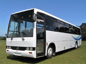 mercedes-benz starliner coach 450905