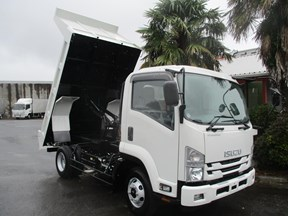 isuzu forward 751884
