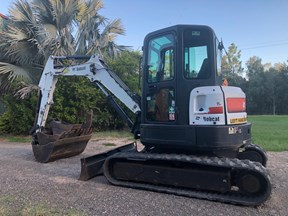 bobcat e45 air cab,  hyd tilt quick hitch 785537
