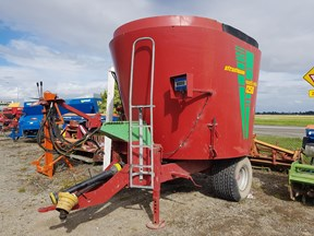 strautmann verti-mix 1250 mixer wagon 828482