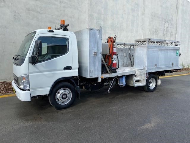 2006 FUSO CANTER